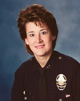 Retired LAPD Captain Joins Alumnae Leadership Conference