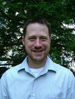 Tim Robicheaux Named One of Six New Faculty Scholars
